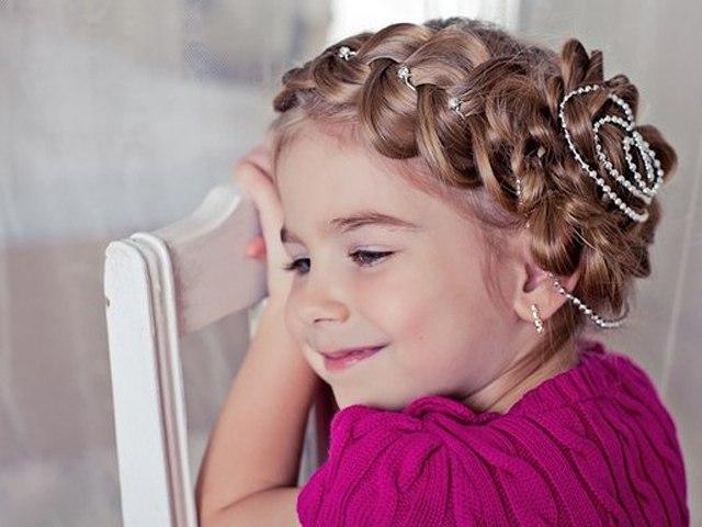 Прически и косы для принцесс.